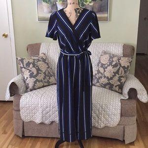 Black white blue pinstripe jumpsuit gauchos🦋NWOT